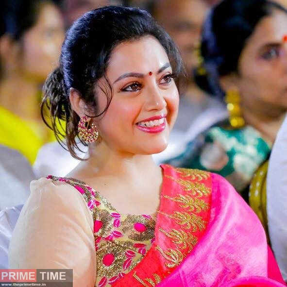 Meena Biography