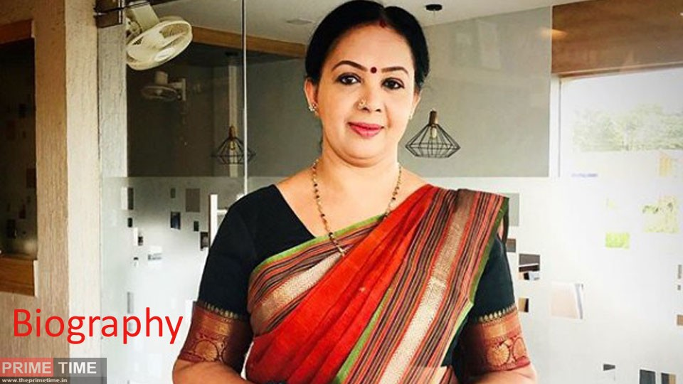 Thara Kalyan Wiki, Biography, Age, Photos and Family