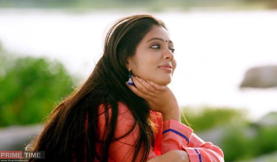 Veena Nandakumar Bio