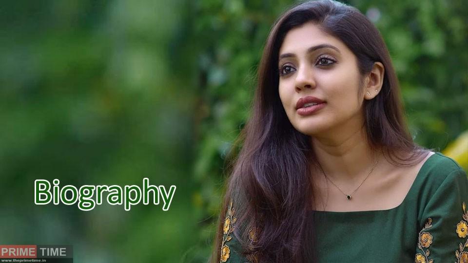Veena Nandakumar Wiki,Biography, Age, Photos and Family