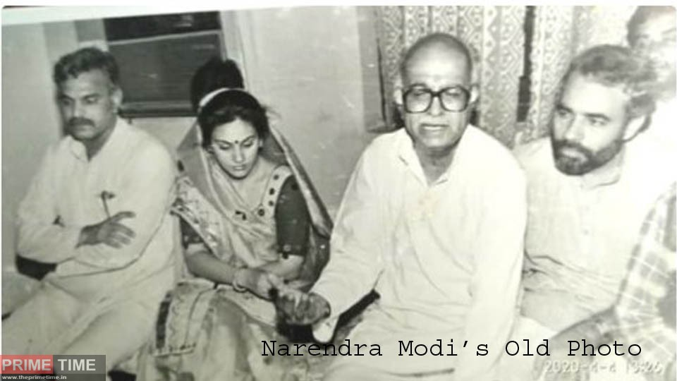 PM Modi and Lal Krishna Advani, seen with Ramayan's 'Sita', shared the photo and said - this was the time when...