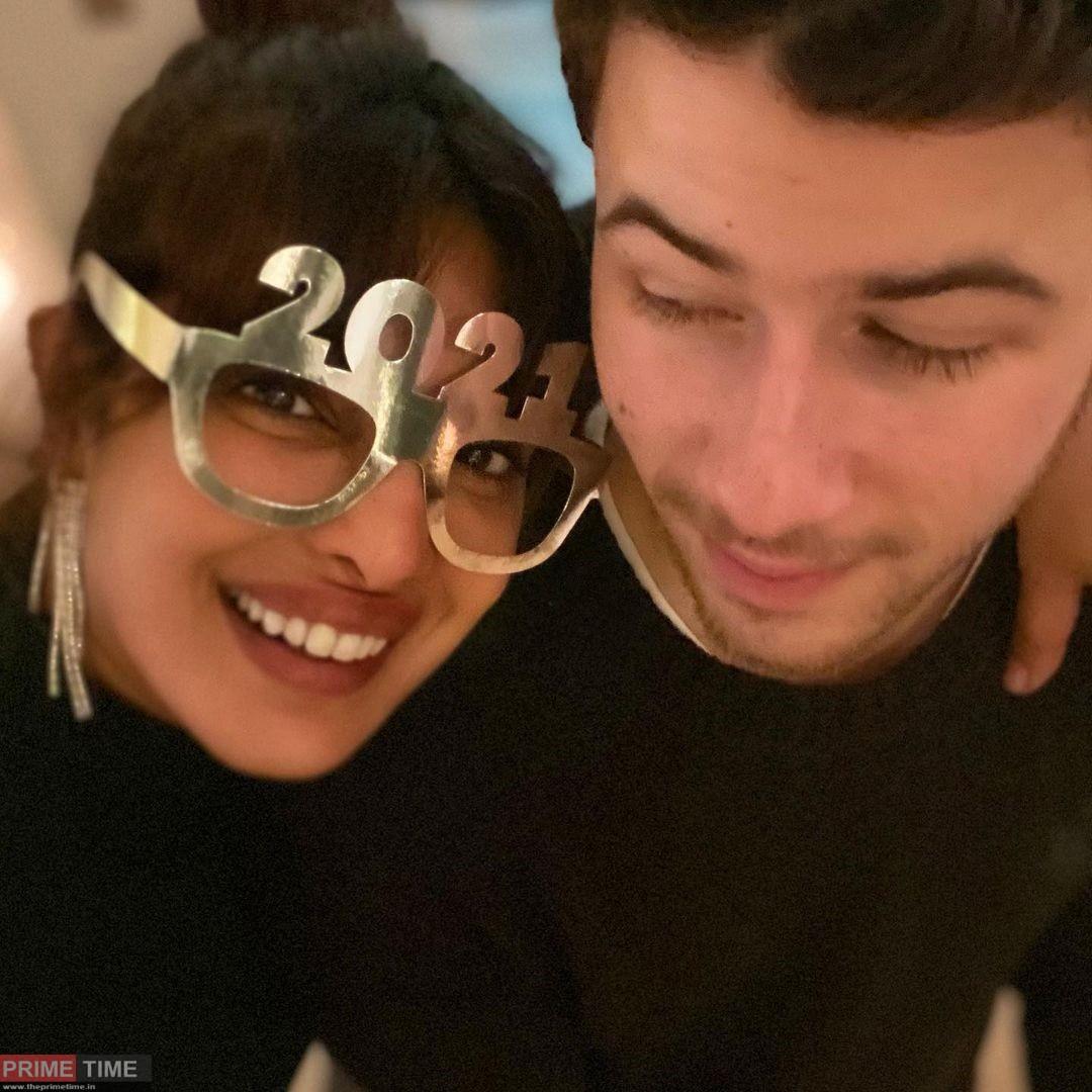 Sonam Kapoor and Priyanka Chopra celebrated New Year in this romantic style
