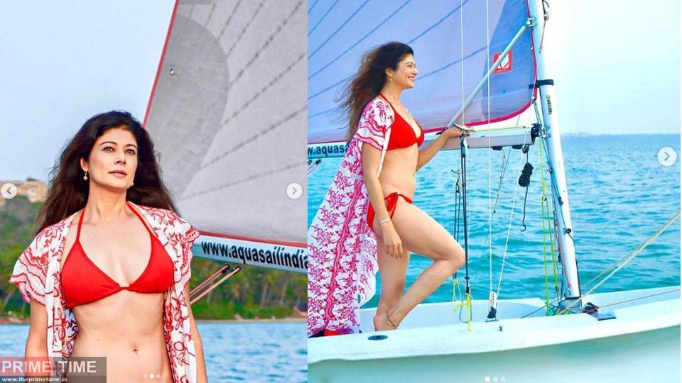 Pooja-Batra-bikini